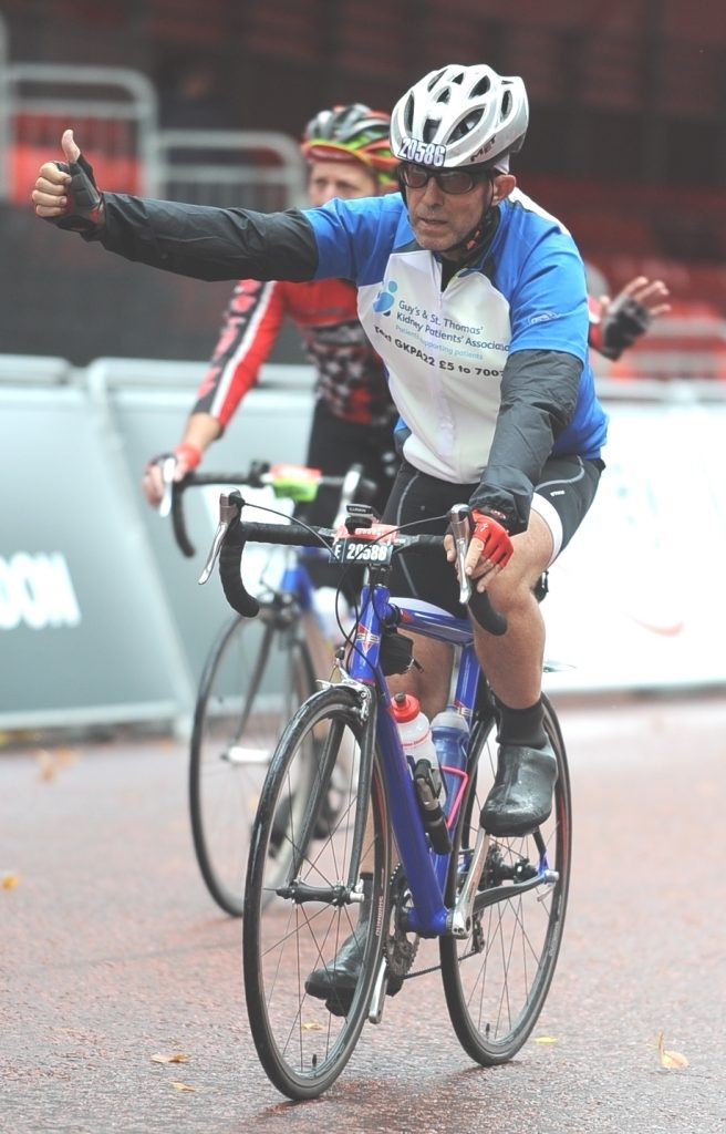 Ridelondon Chris Crossing the line